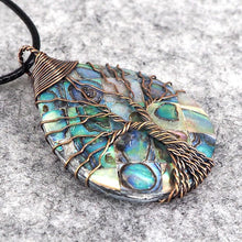Load image into Gallery viewer, Handmade Natural Abalone Shell Stone Pendant Necklace