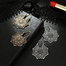 Load image into Gallery viewer, Bohemian Vintage Hollow Alloy Flower Earrings Accessories