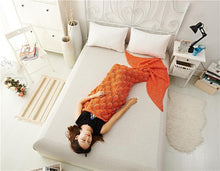 Load image into Gallery viewer, Oversized Fishtail Mermaid Tail Thickened Adult Knit Blanket