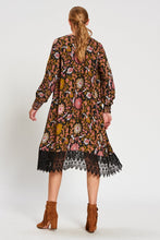 Load image into Gallery viewer, Print V Neck Long Sleeve Lace Splice Dress