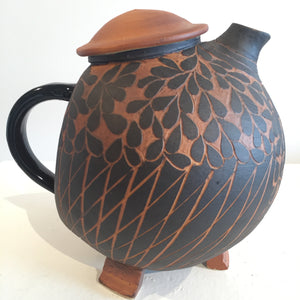 Black and Terracotta Signature Broody Hen Teapot Right Side