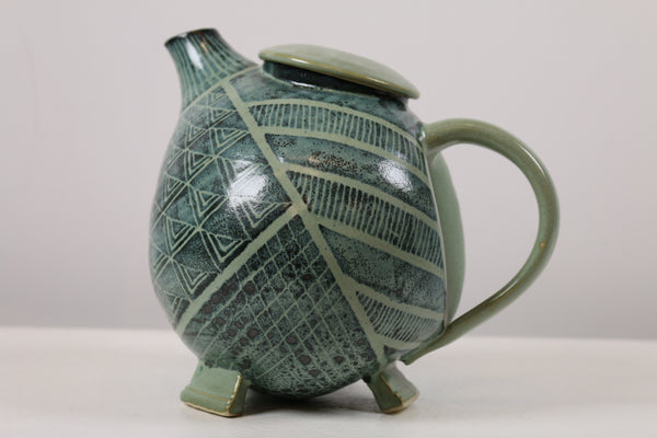 Ceramic Tea Pot Green with Leaves