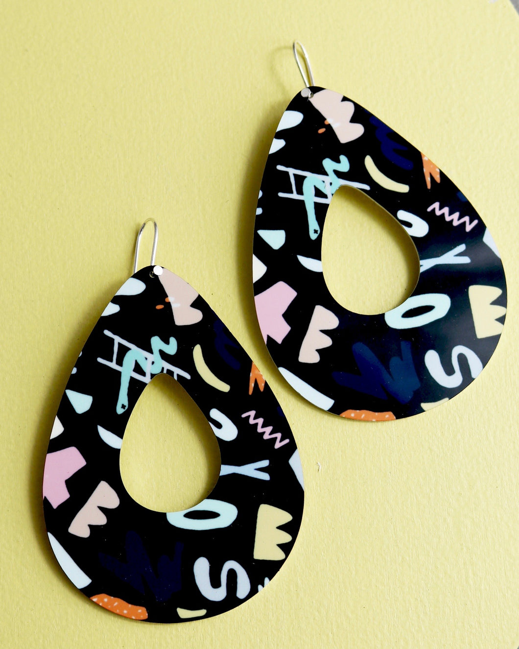 Tear outline earrings - Michael Black
