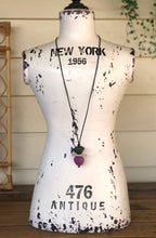 Load image into Gallery viewer, Plateau bird necklace
