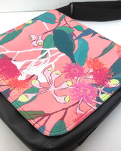 Load image into Gallery viewer, Large satchel - Pink blossom