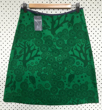 Load image into Gallery viewer, Mikko skirt - emerald XS