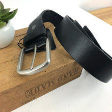 Load image into Gallery viewer, Black leather belt
