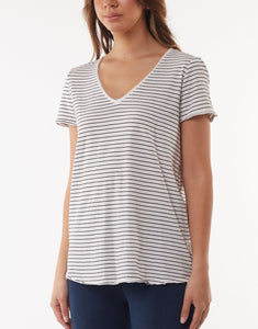 Fundamental V-tee, White w' black stripe