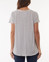 Load image into Gallery viewer, Fundamental V-tee, White w' black stripe
