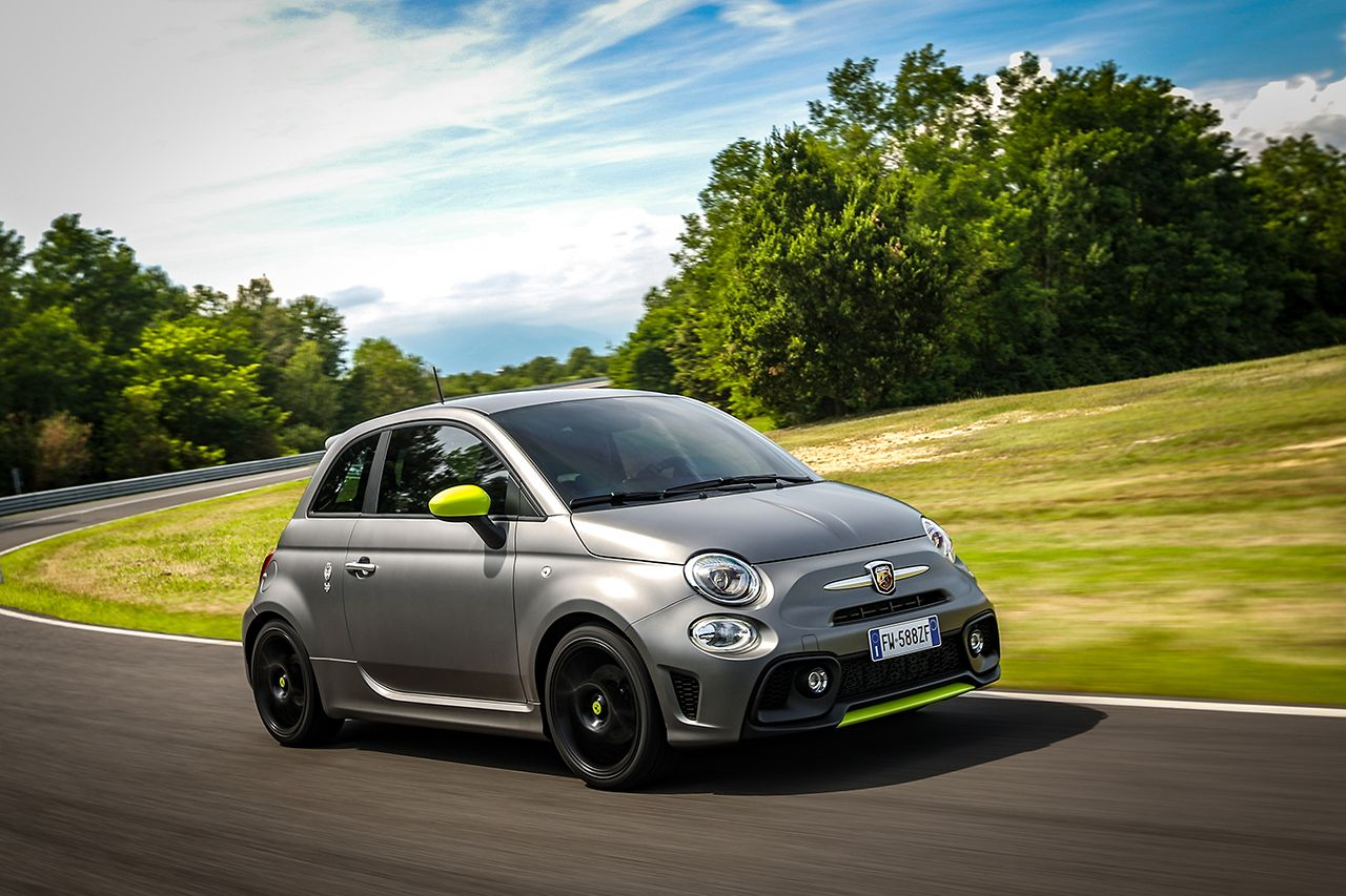 New Abarth 595 Pista, created for young drivers 5