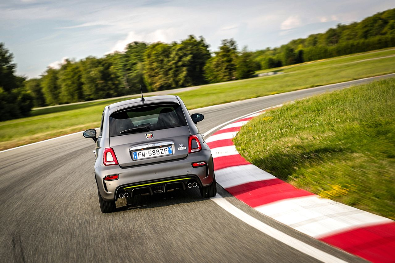 New Abarth 595 Pista, created for young drivers 3