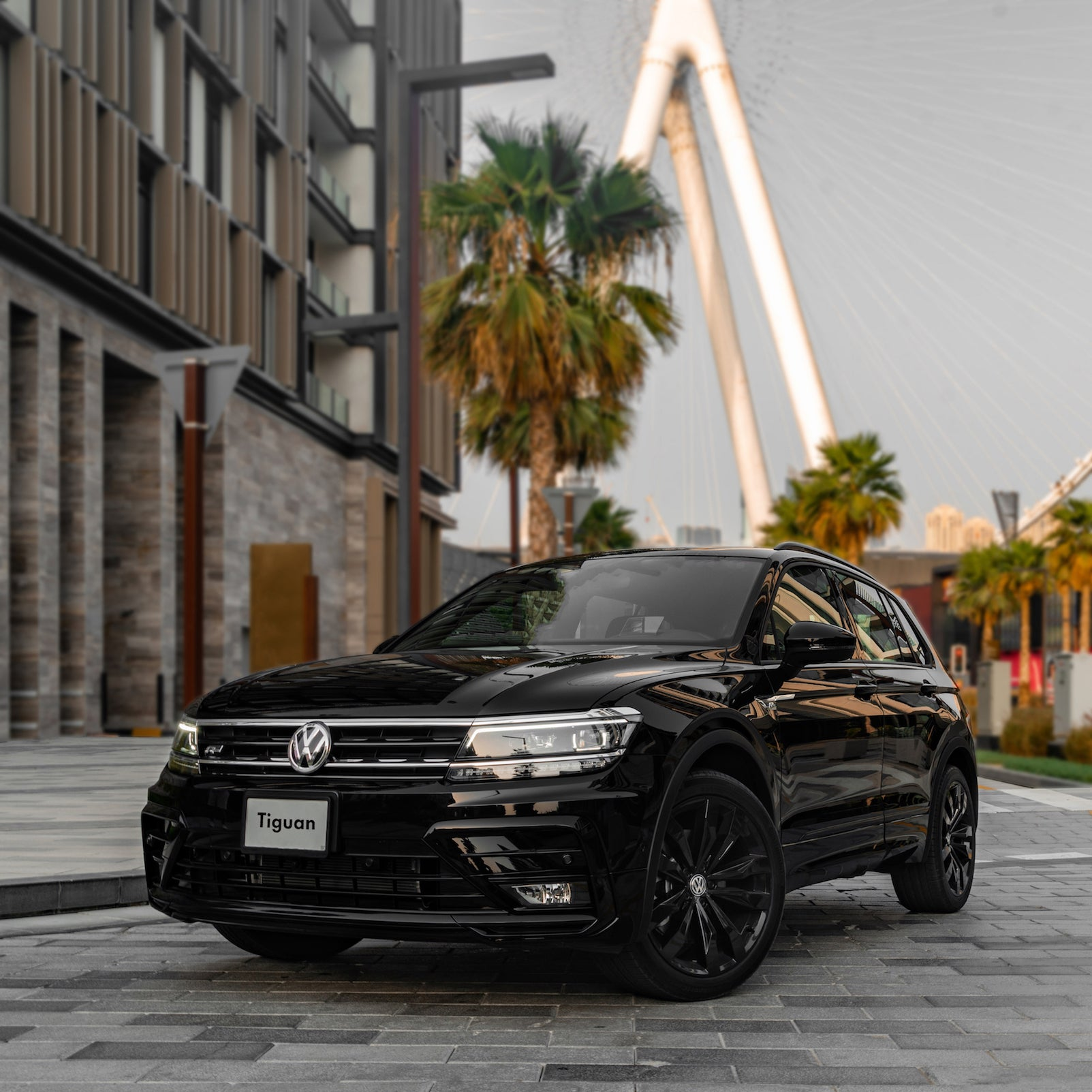 Tiguan R-Line Black Style Package 1
