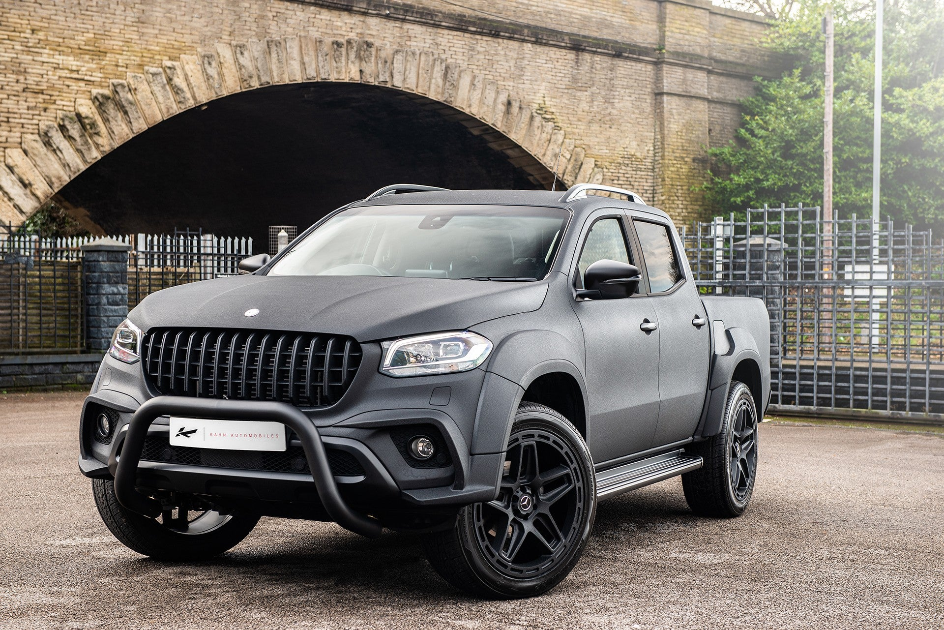 PROJECT KAHN 'ARMY CHIC' MERCEDES-BENZ X CLASS 01