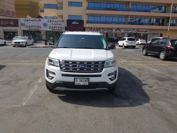 FORD EXPLORER XLT 2017 13,700 Km - UAE