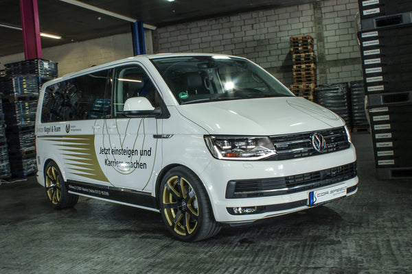 Individual Cor.Speed Challenge wheels on VW's best-selling minivan