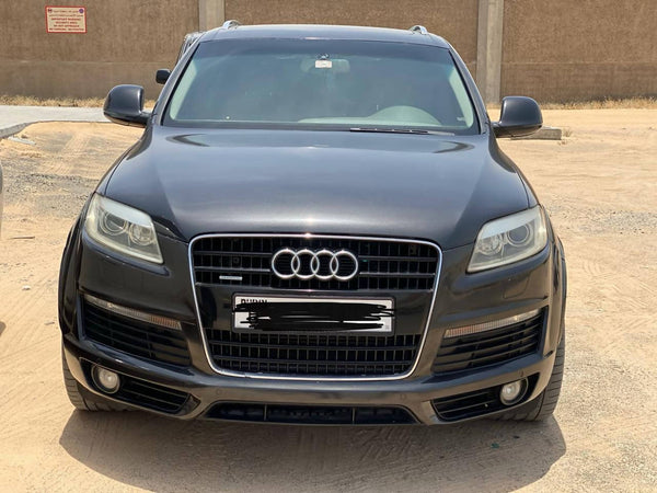 Audi Q7 s line v8 4.2 full options