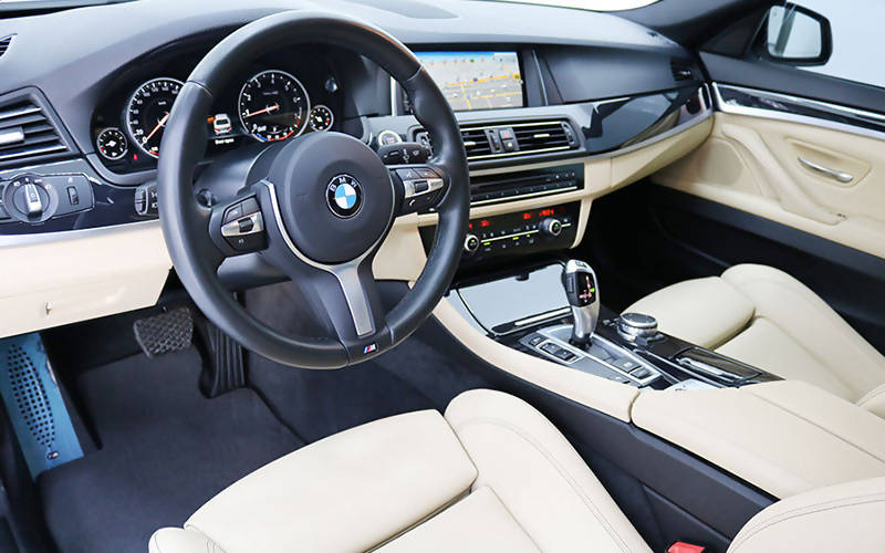 BMW 520i M Sport 2016 GCC – July 2022 BMW Warranty