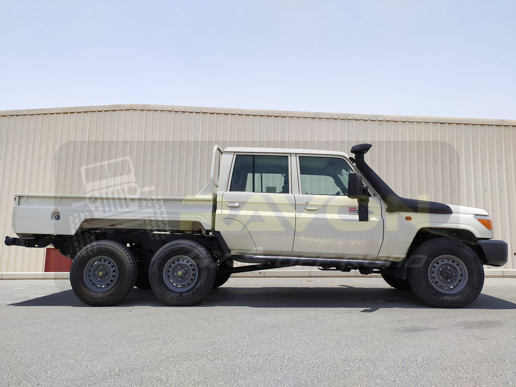 Toyota Land Cruiser Pickup 6X6
