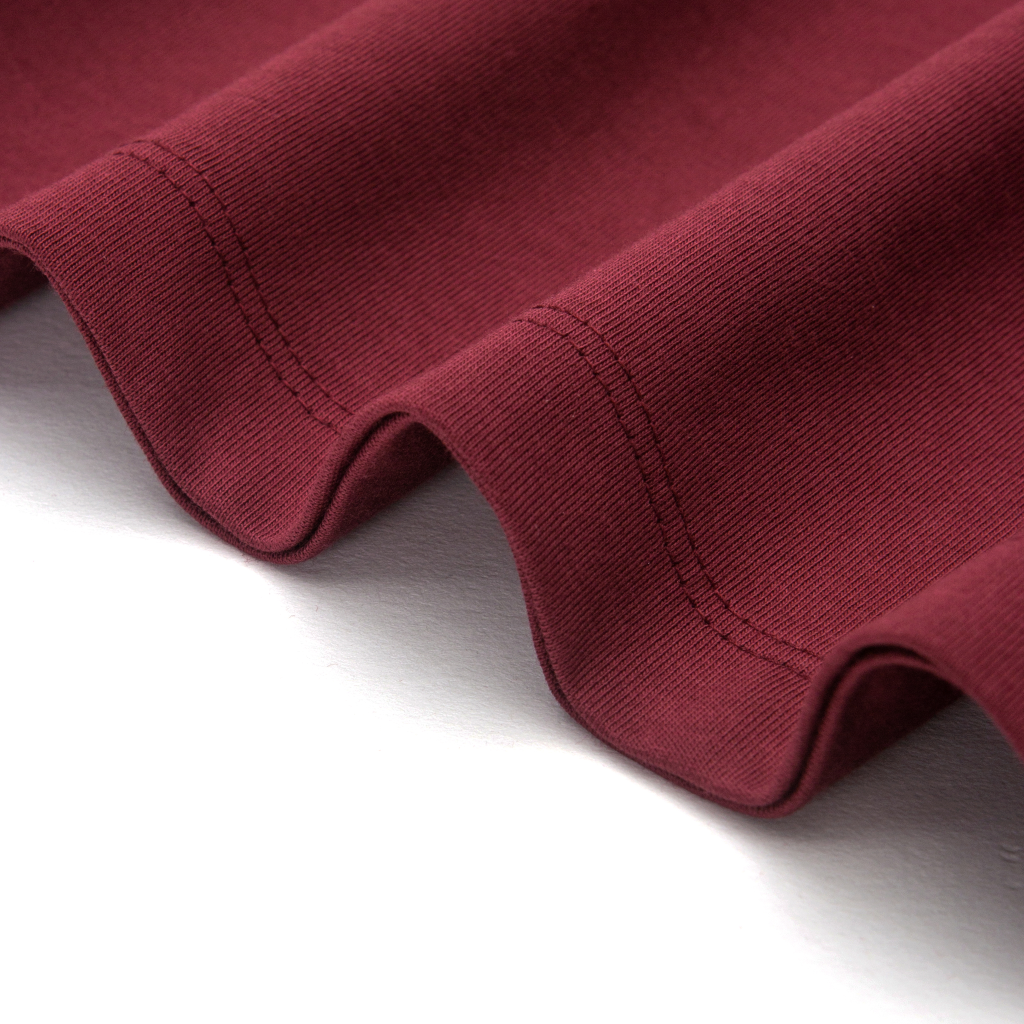 super soft t-shirt in burgundy, exceptional material