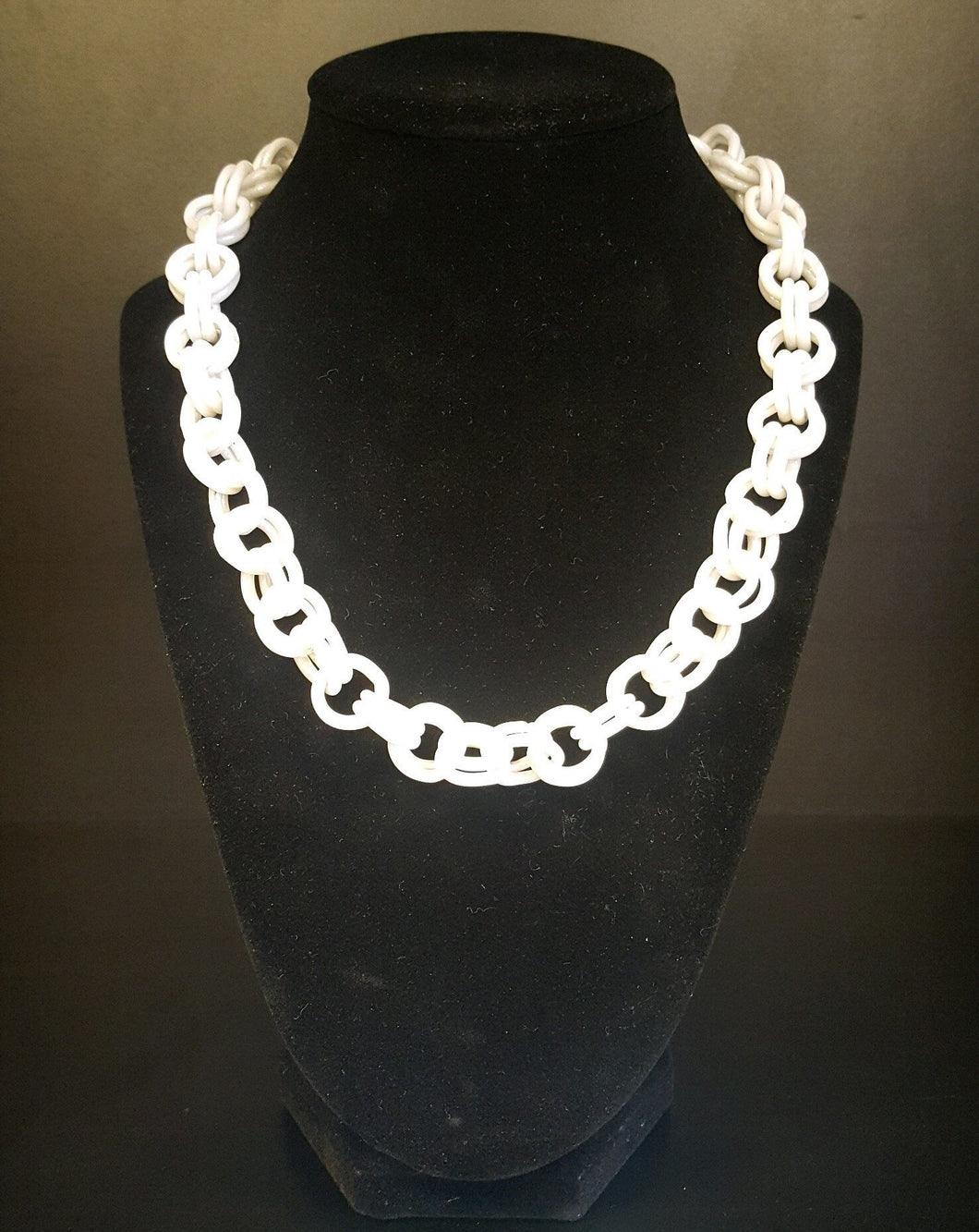 White Necklace Chain by Szabo