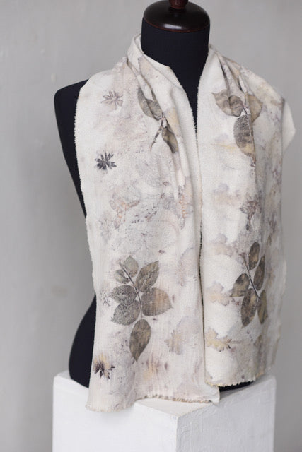 ROSE LEAVES ON SILK NOIL SCARF