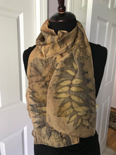 Load image into Gallery viewer, DOUBLE PRINTED SUMAC SCARF