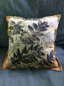 SUMAC RAW SILK PILLOW