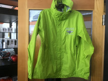 Load image into Gallery viewer, Men's Landway Raincoat/Unisex Sizing