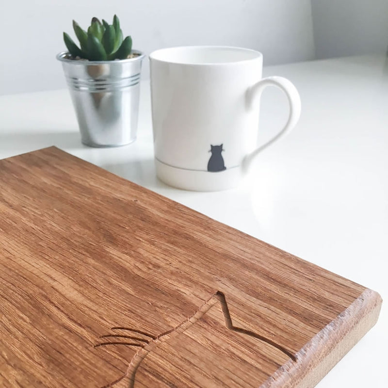 Sitting Cat Chopping Board, Detailed Shot