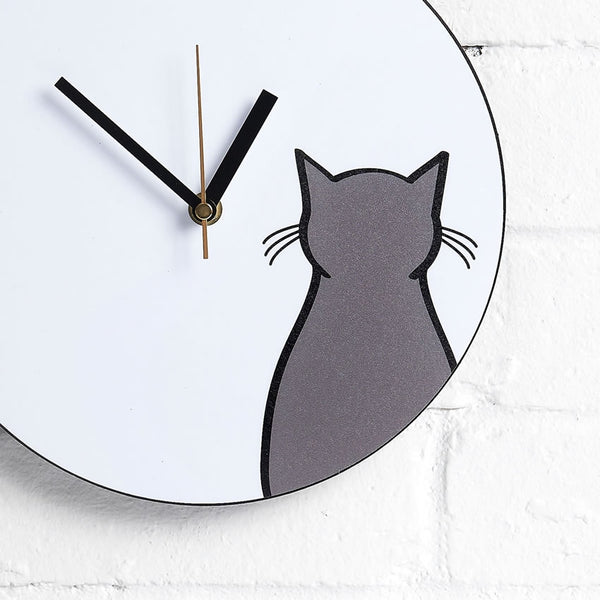Sitting Cat Wall Clock closeup