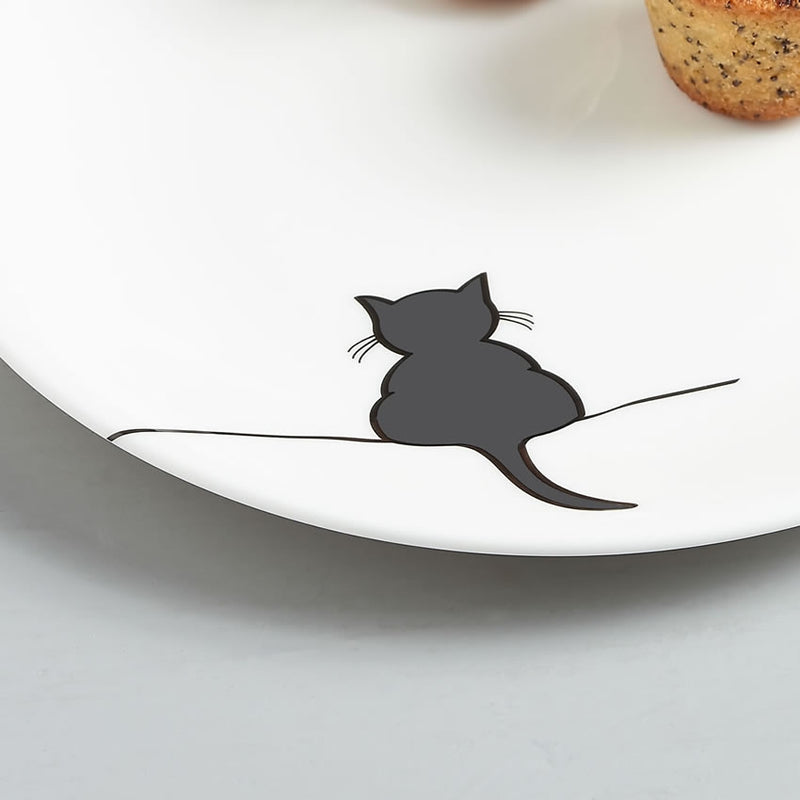Crouching Cat Side Plate Close Up