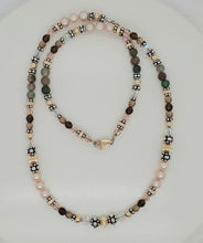 Sandlewood A Classic Romantic Earth Tone Necklace