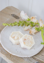 Load image into Gallery viewer, Pick & Mix Soy Melts; Rose & Oud