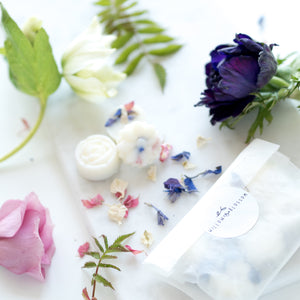Petal Melt Gift Set; Choose your scent