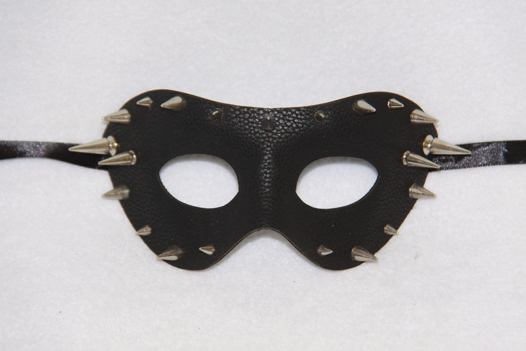 Masquerade Mask Black Spike