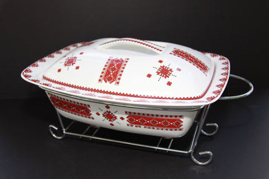 large rectangular casserole with rack