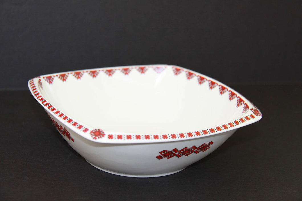 classic rounded square soup bowl