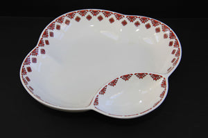 clover shape chip & dip serving dish