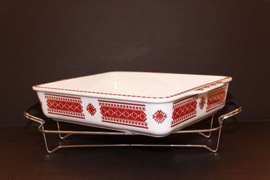 large rectangular serving casserole with rack