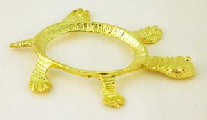 Turtle (oval - gold) Stand
