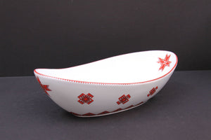 oval wave serving bowl
