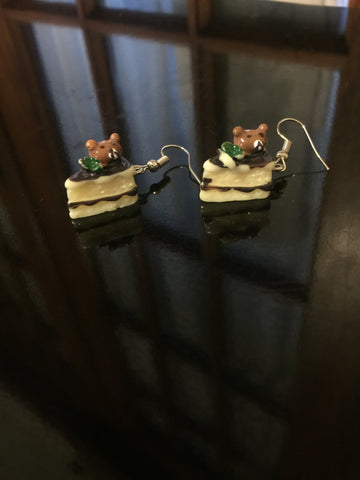 Cake Earrings - Beary Chocolate
