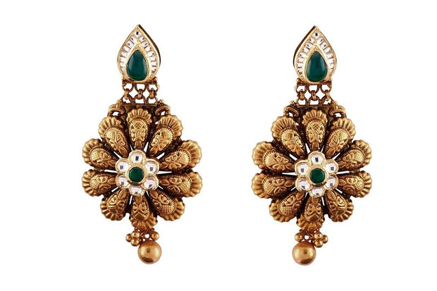 22kt earrings with gemstone