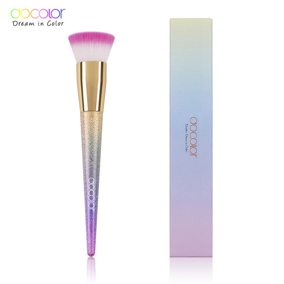 Flat Foundation Brush in rainbow