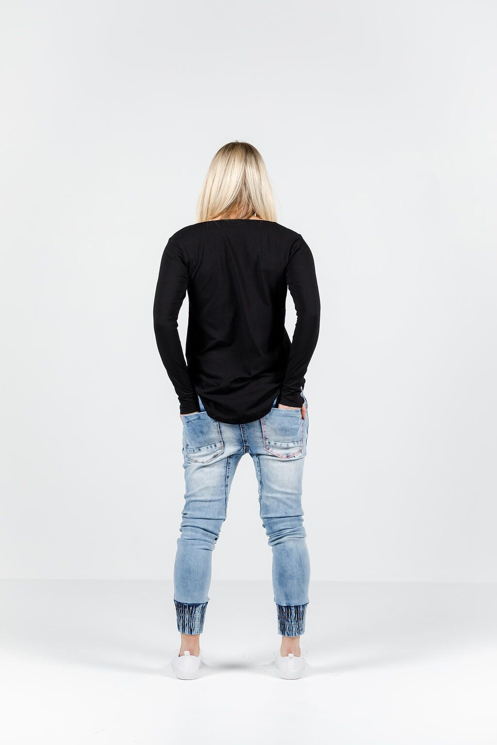 LONG SLEEVE TEE-Black
