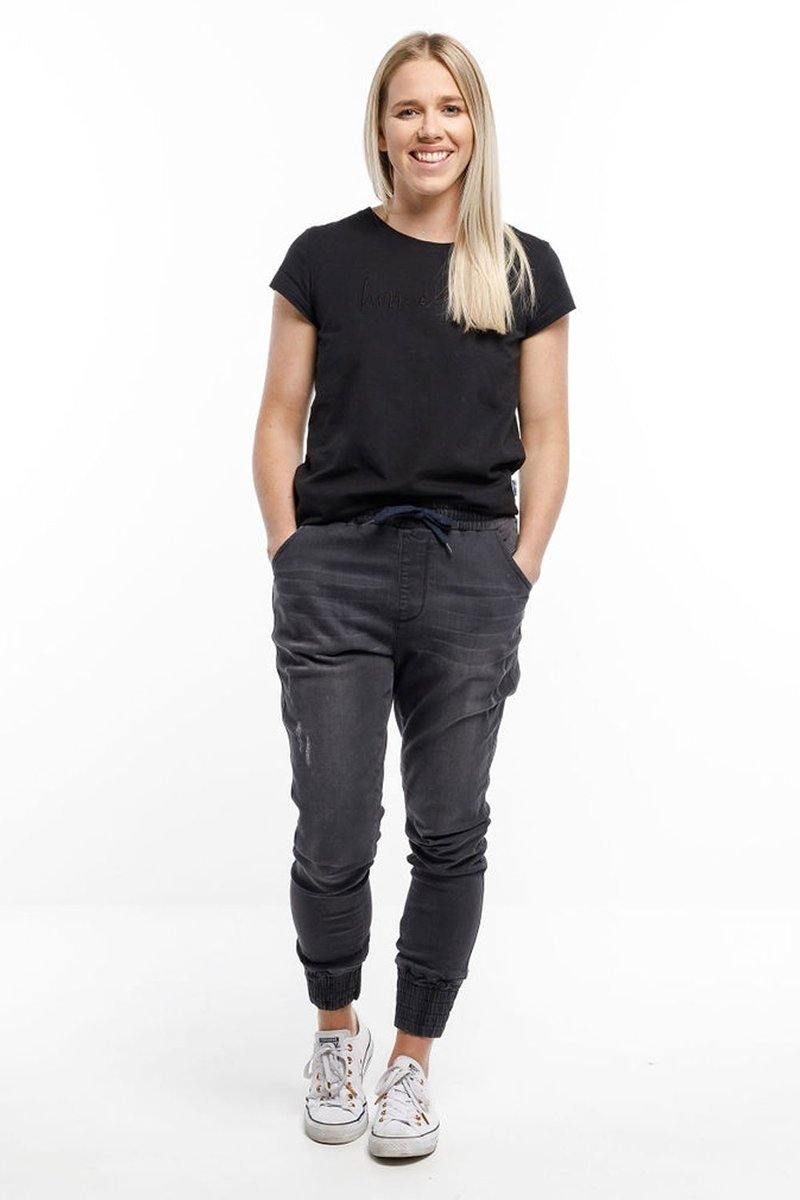 WEEKENDER JEANS-Black   Pre order with del mid May