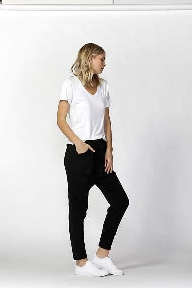 JADE PANTS-Black