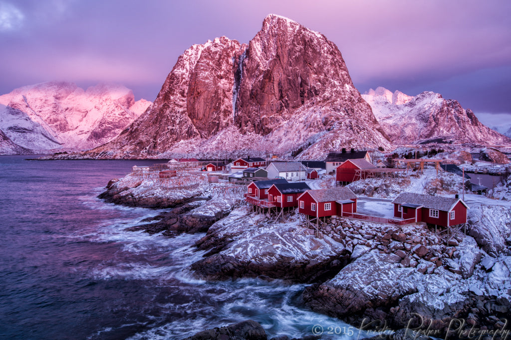 Wow. What else can I say to describe what it was like to be in Reine on this winter morning? After a few mornings of cloud, it finally cleared and we were treated to two continuous hours of sunset, with beautiful oranges and yellows to the south and pinks to the north. Just stunning.