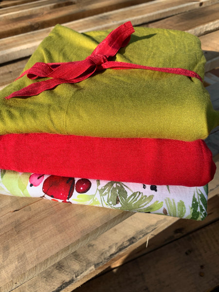 Holly and Berries Bundle
