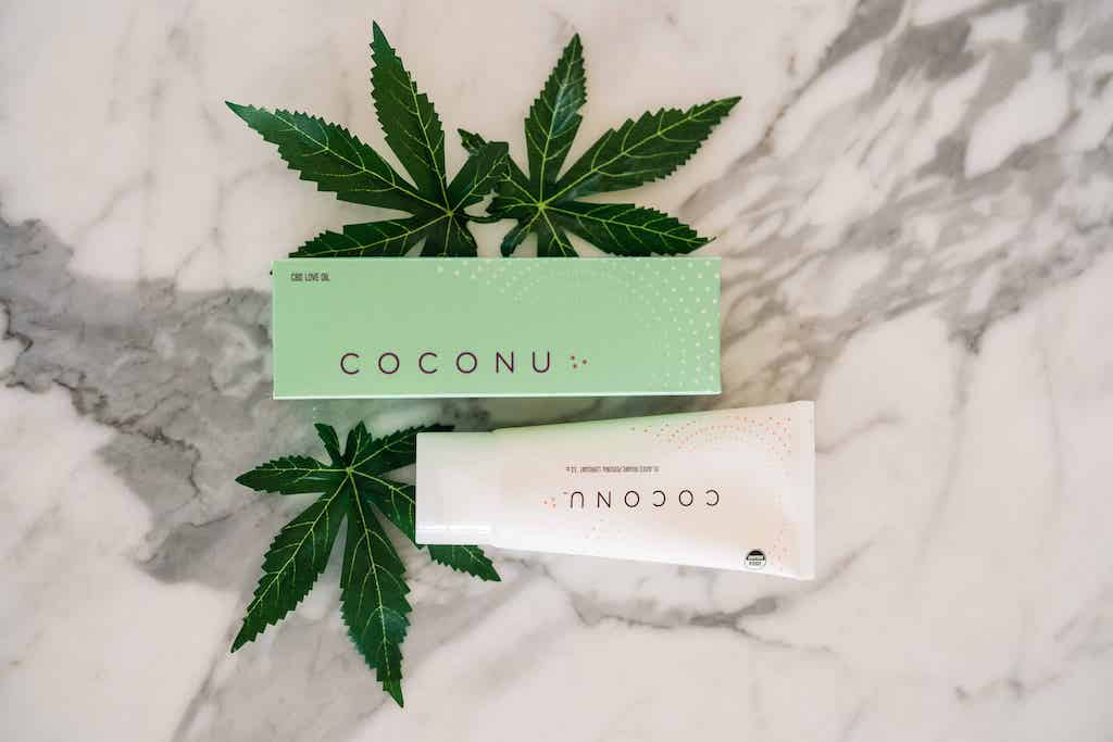 Coconu hemp-infused body oil